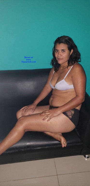 Pic #1 La Chinita - Nude Girls, Brunette, Amateur