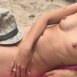 Very small tits of my wife - Juju27