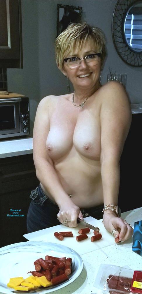 Pic #3 Random Wife Pics - Topless Wives, Big Tits, Mature, Amateur