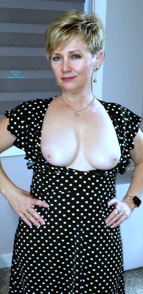 Pic #5 Random Wife Pics - Topless Wives, Big Tits, Mature, Amateur
