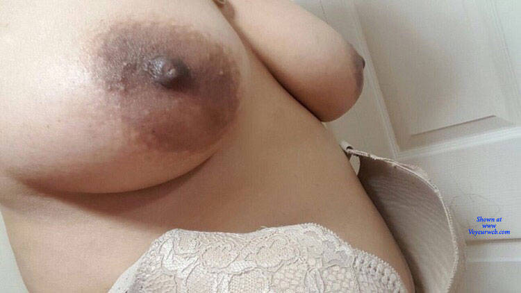 Pic #1 Sexy Tits - Nude Wives, Big Tits, Mature, Amateur