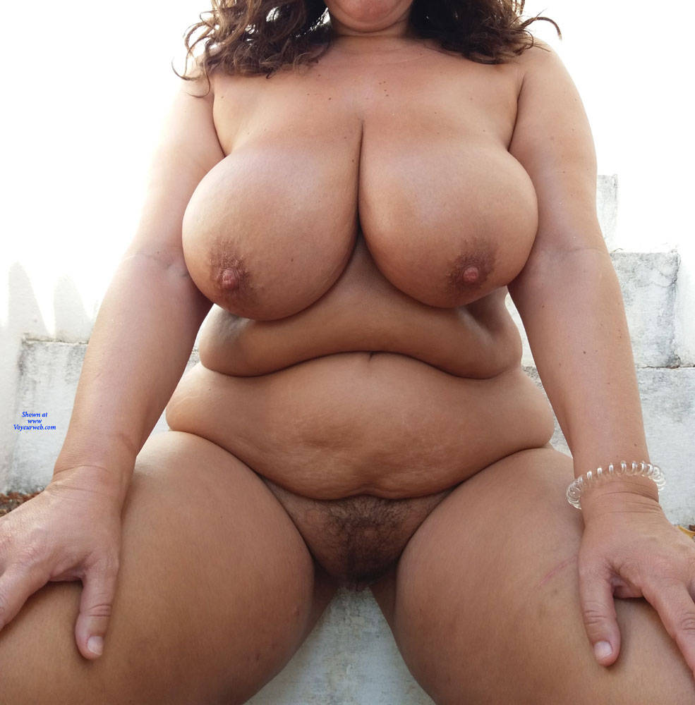 Pic #4 At The Garden - Nude Girls, Big Tits, Outdoors, Bush Or Hairy, Amateur