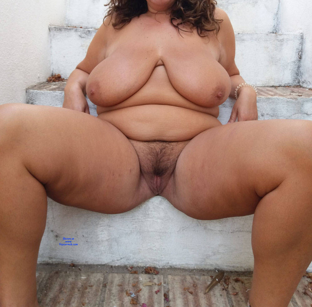 Pic #5 At The Garden - Nude Girls, Big Tits, Outdoors, Bush Or Hairy, Amateur