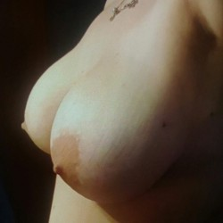 Very large tits of my room mate - Valentina