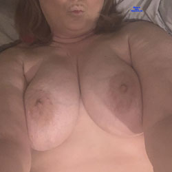 Hot Wife Exposed - Big Tits, Wife/wives, Amateur