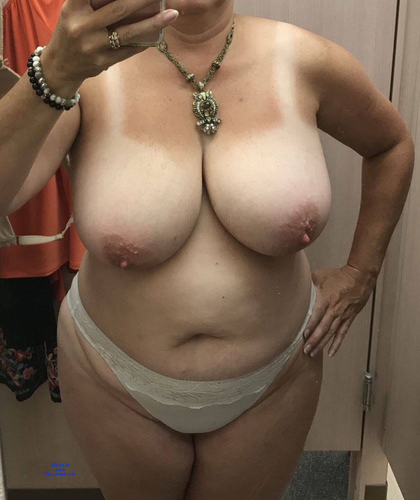 Pic #3 Changing Room Selfies - Topless Wives, Big Tits, See Through, Amateur