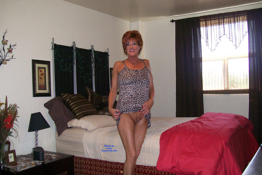 Pic #5 Tan And Delicious - Nude Wives, Mature, Redhead, Shaved, Amateur