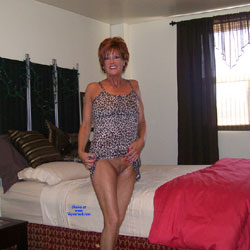 Tan And Delicious - Nude Wives, Mature, Redhead, Shaved, Amateur