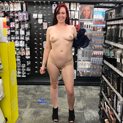 Ass To Die For - Public Exhibitionist, Flashing, Public Place, Redhead, Shaved, Amateur, Pantieless Girls