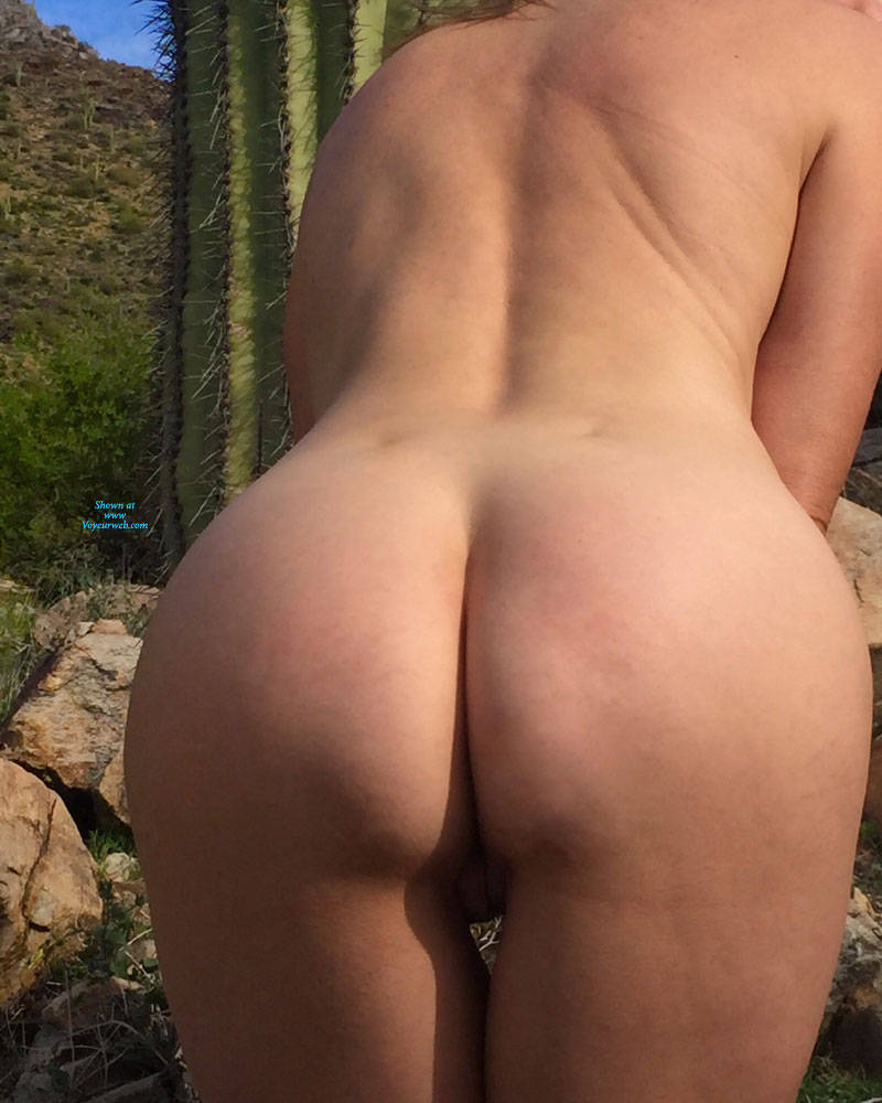 Pic #4 Nirvana Saguaro  - Nude Girls, Public Exhibitionist, Flashing, Outdoors, Small Tits, Shaved, Amateur