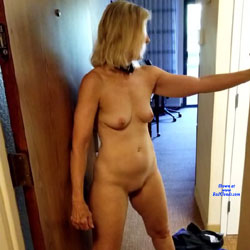 Hotel Fun - Nude Girls, Blonde, Amateur, fetish pics