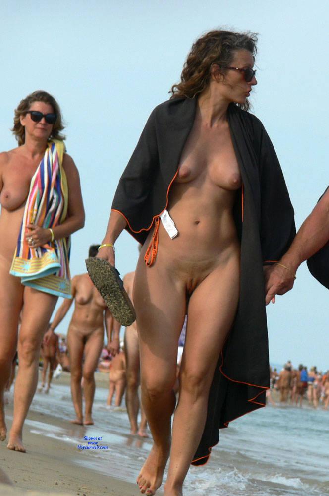 Pic #3 Sunny Nude Beach - Nude Girls, Beach, Brunette, Outdoors, Shaved, Beach Voyeur