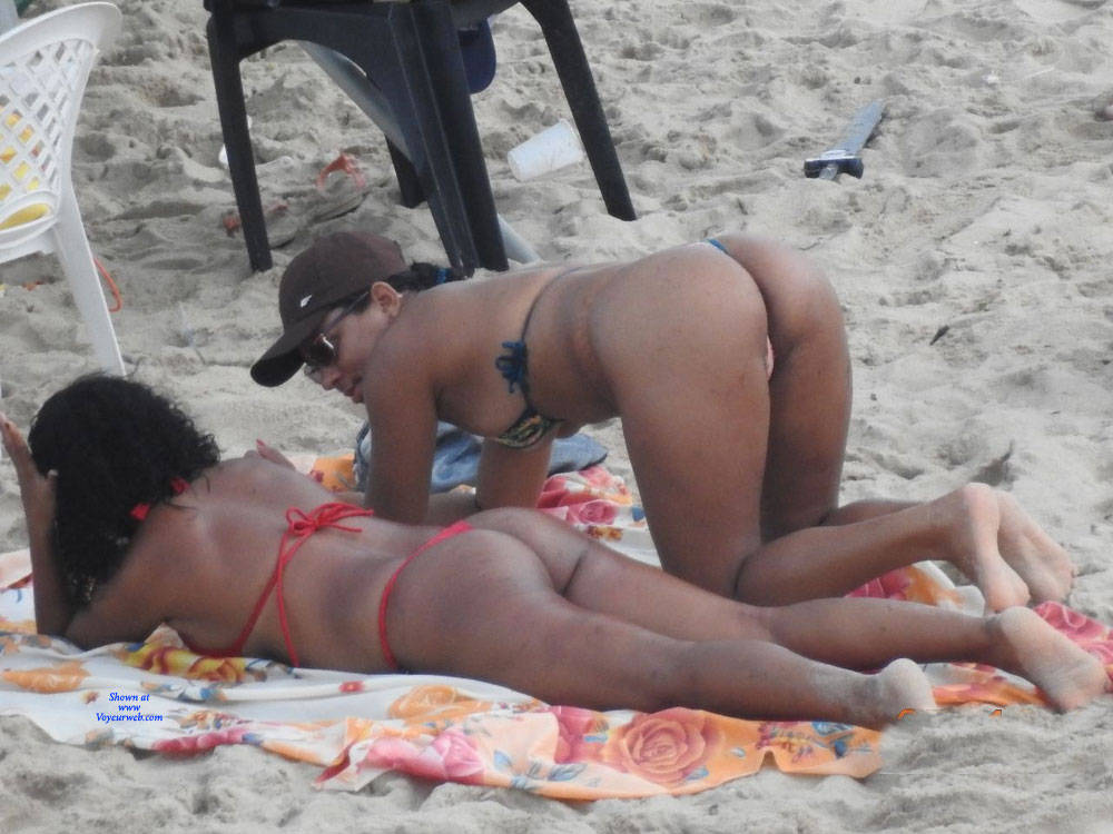 Pic #1 Janga Beach - Beach, Brunette, Outdoors, Bikini Voyeur