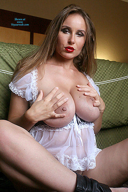 Pic #9 White Breasts - Big Tits, Bush Or Hairy, Amateur