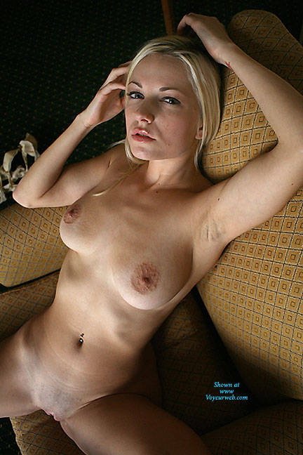 Pic #1 Breasts In Yellow Chair - Nude Girls, Big Tits, Blonde, Shaved, Amateur