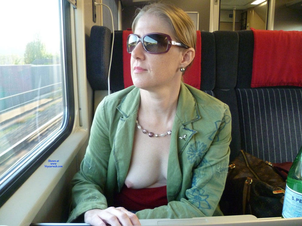 Pic #1 Flashing On Trains - Big Tits, Public Exhibitionist, Flashing, Public Place, Wife/wives, Amateur
