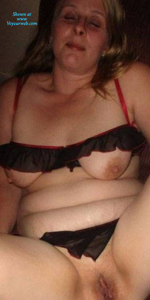 Pic #3 Horny Wife - Nude Wives, Big Tits, Shaved, Amateur