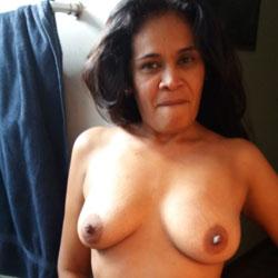 Volvio Maritza 18 - Nude Girls, Big Tits, Brunette, Mature, Amateur