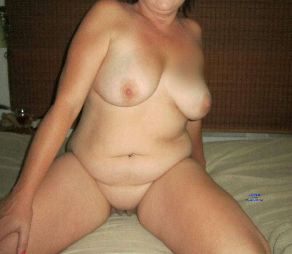 Pic #3 Fun Night - Nude Girls, Big Tits, Shaved, Amateur