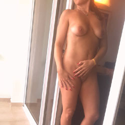 Stairs - Nude Wives, Amateur, Firm Ass