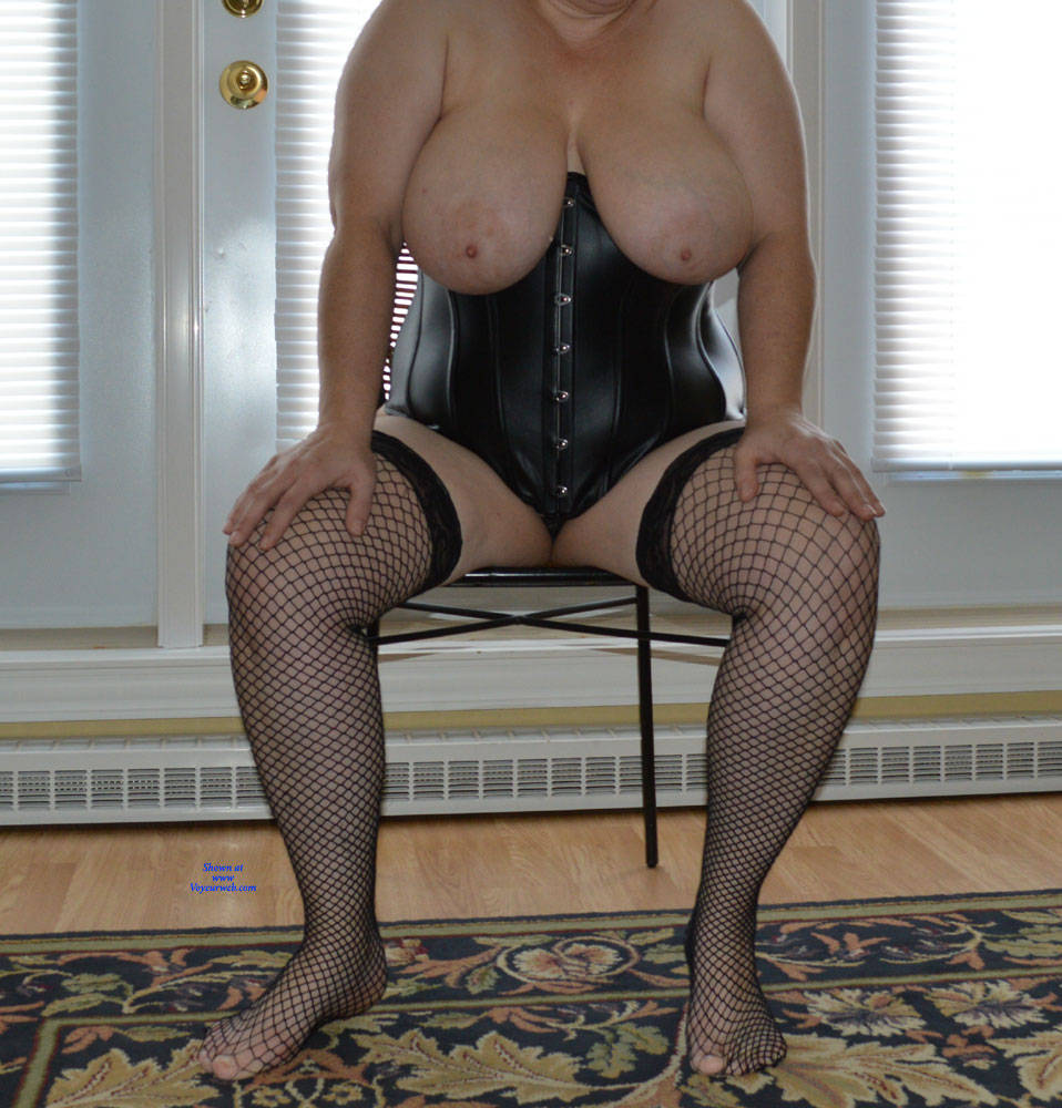 Pic #3 Showing Off My 38DDs - Big Tits, Lingerie, Mature, Amateur, Stockings Pics