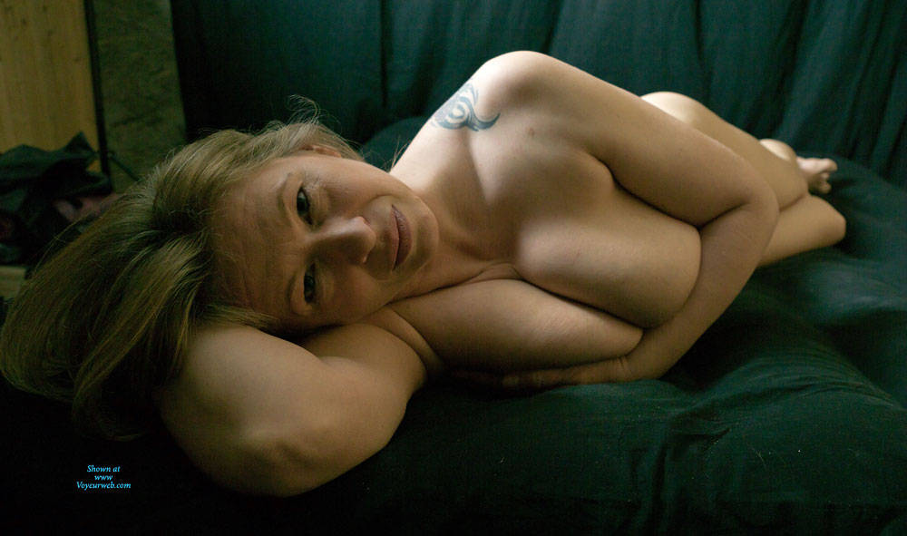 Pic #4 Busty Anne - Nude Amateurs, Big Tits, Mature