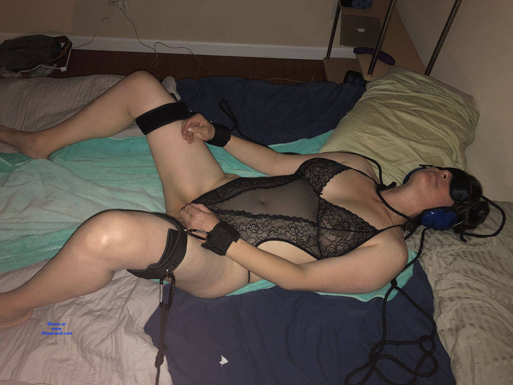 Pic #4 More - Nude Amateurs, Big Tits, Mature, Lingerie, Bush Or Hairy