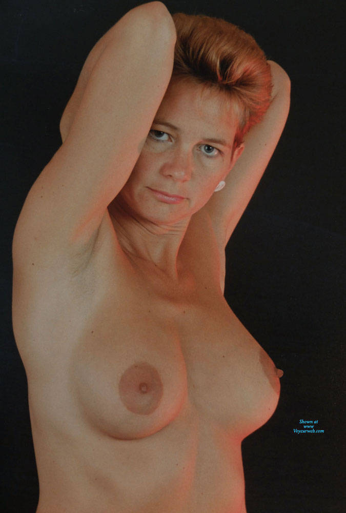 Pic #3 Studio And Nude Shots - Nude Wives, Big Tits, Bush Or Hairy, Amateur