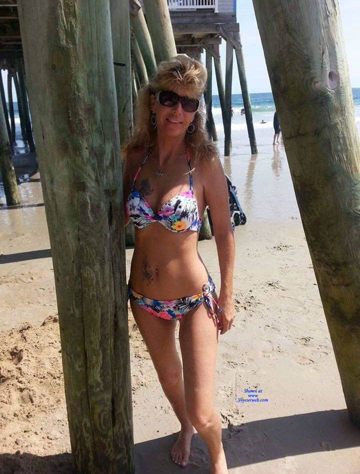 Pic #1 Fun At The Beach - Nude Girls, Beach, Big Tits, Outdoors, Amateur, Tattoos