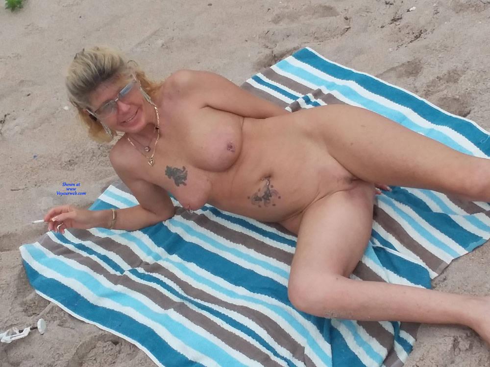 Pic #5 Fun At The Beach - Nude Girls, Beach, Big Tits, Outdoors, Amateur, Tattoos
