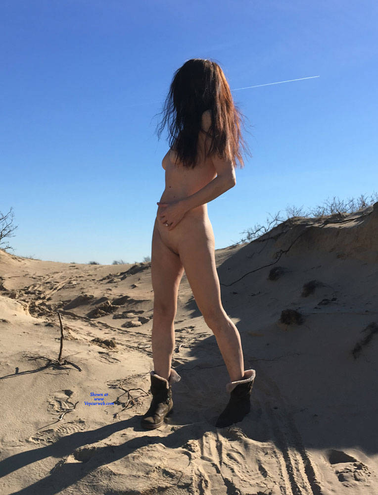 Pic #2 Sand All Over! - Nude Girls, Brunette, Outdoors, Shaved, Amateur