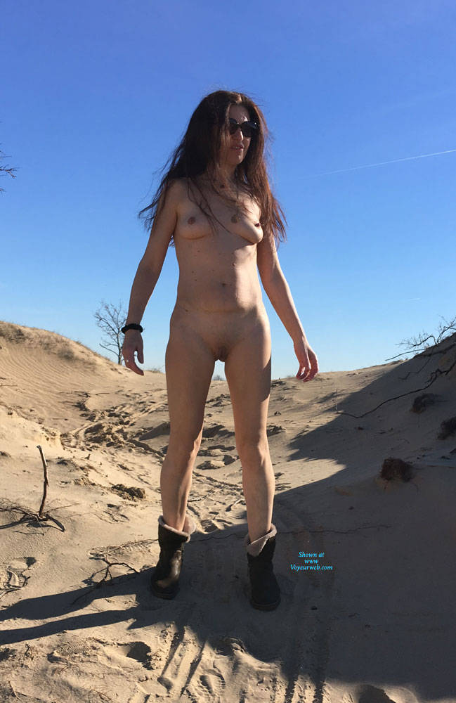 Pic #8 Sand All Over! - Nude Girls, Brunette, Outdoors, Shaved, Amateur
