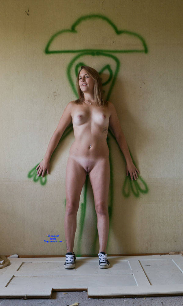 Pic #3 The Last - Nude Girls, Shaved, Amateur