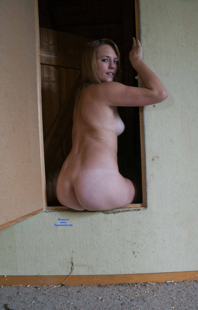Pic #4 The Last - Nude Girls, Shaved, Amateur