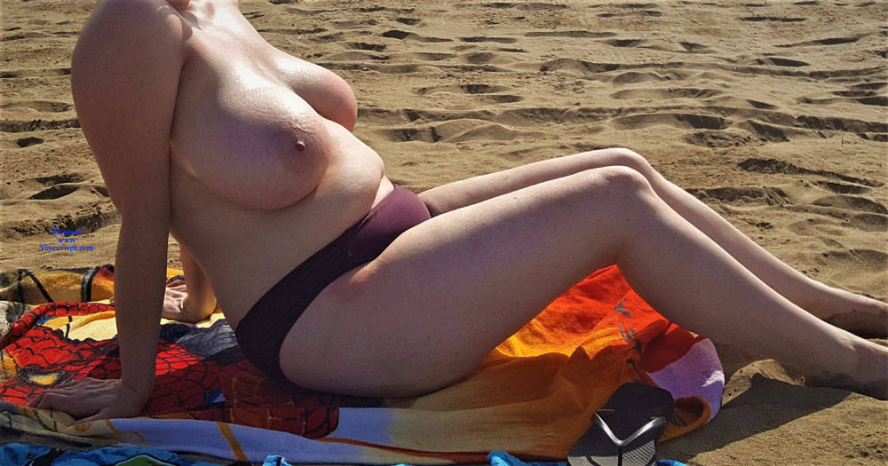 Pic #2 The Mrs Loves Getting Her Boobs Out! - Pantieless Wives, Beach, Big Tits, Outdoors, Amateur