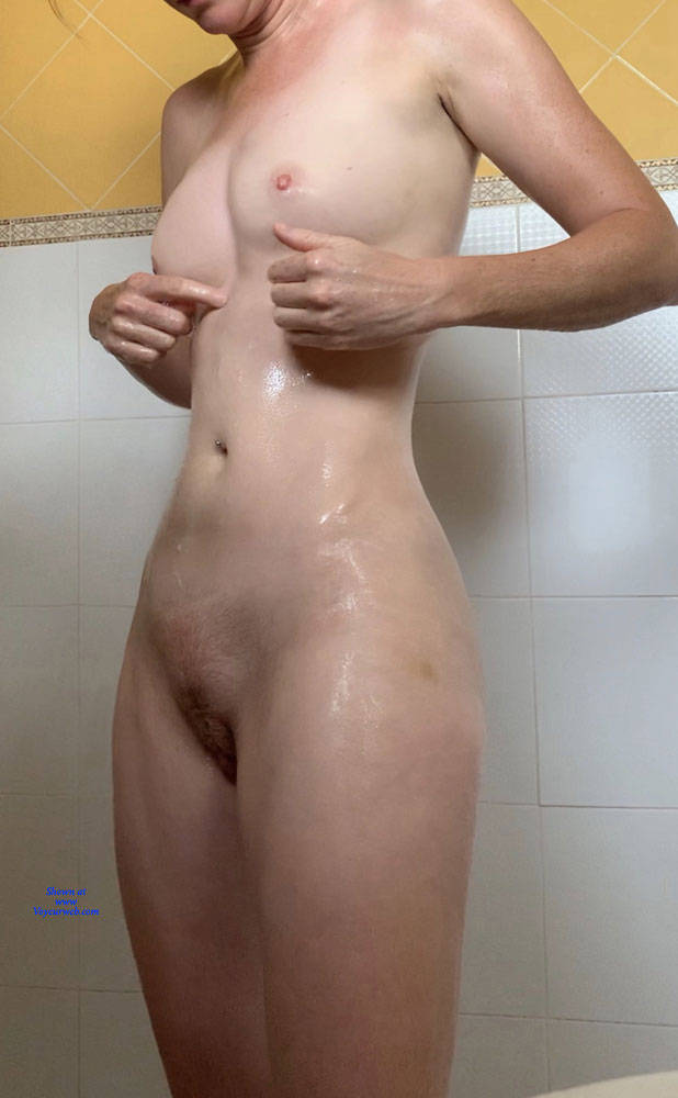 Pic #1 Boobs And Vagina - Nude Girls, Amateur