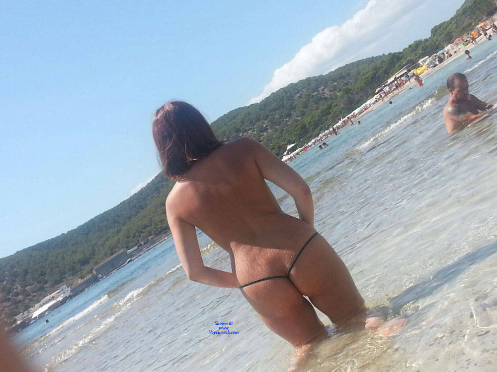 Pic #8 Scarlet In Black String - Topless Girls, Beach, Outdoors, Amateur