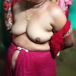 Desi Wife Nude - Nude Wives, Big Tits, Amateur, Mature