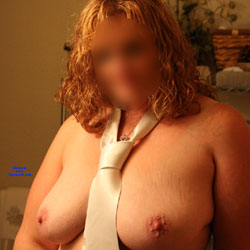 Hot Redhead Trucker - Nude Amateurs, Big Tits, Mature