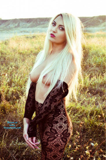 Pic #6 Anamaria Craciun Romanian Bitch 003 - Big Tits, Blonde, Outdoors, Amateur, European And/or Ethnic