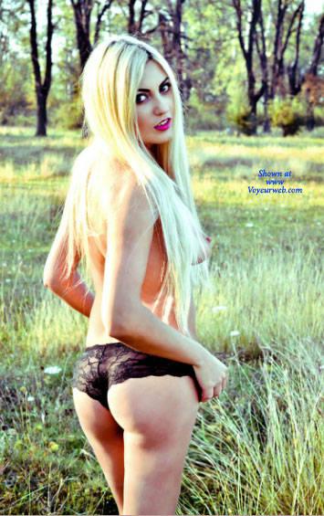 Pic #7 Anamaria Craciun Romanian Bitch 003 - Big Tits, Blonde, Outdoors, Amateur, European And/or Ethnic