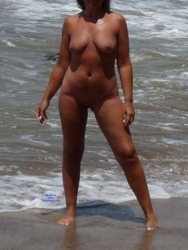 Pic #4 Naked In The Sun - Nude Girls, Beach, Big Tits, Outdoors, Shaved, Amateur
