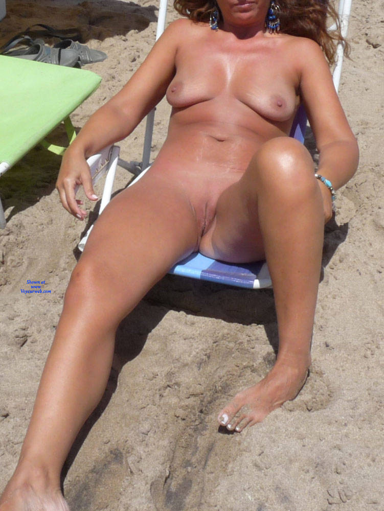 Pic #5 Naked In The Sun - Nude Girls, Beach, Big Tits, Outdoors, Shaved, Amateur