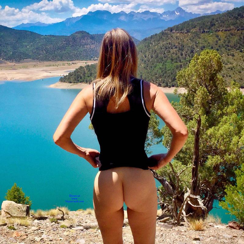 Pic #1 Nirvana Blue Mesa - Public Exhibitionist, Outdoors, Public Place, Shaved, Amateur, Firm Ass