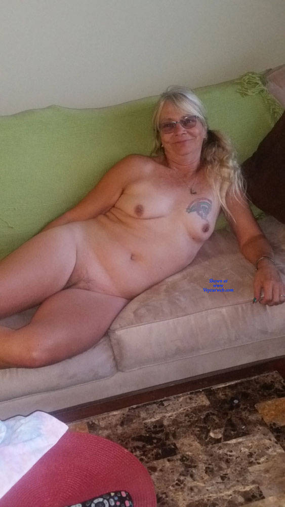 Pic #2 Slut Wife On Couch - Nude Wives, Big Tits, Mature, Amateur, Tattoos