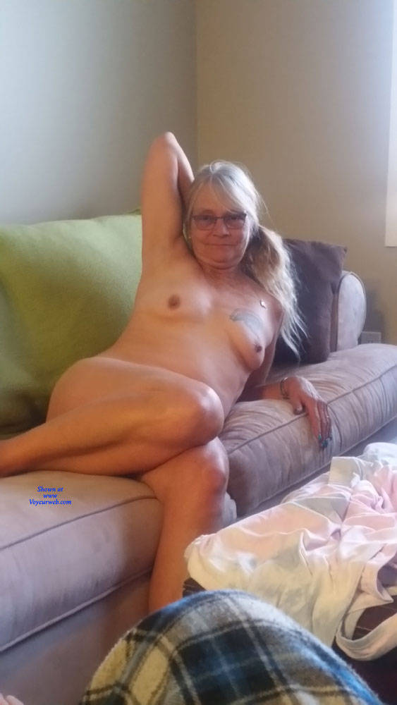 Pic #1 Slut Wife On Couch - Nude Wives, Big Tits, Mature, Amateur, Tattoos