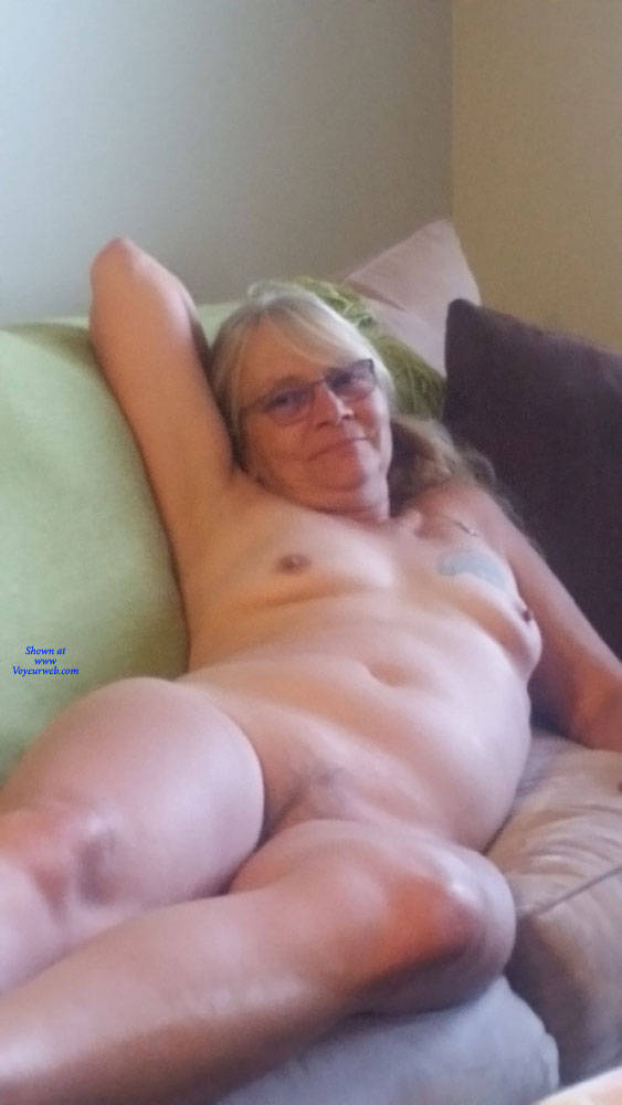 Pic #3 Slut Wife On Couch - Nude Wives, Big Tits, Mature, Amateur, Tattoos