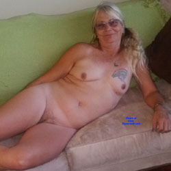 Slut Wife On Couch - Nude Wives, Big Tits, Mature, Amateur, Tattoos