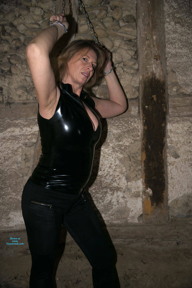 Pic #3 Anne In The Dungeon - Nude Amateurs, Big Tits, Brunette, Mature