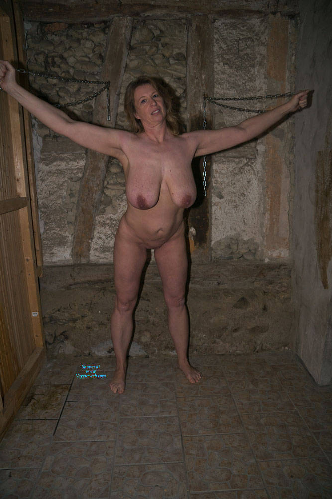 Pic #9 Anne In The Dungeon - Nude Amateurs, Big Tits, Brunette, Mature